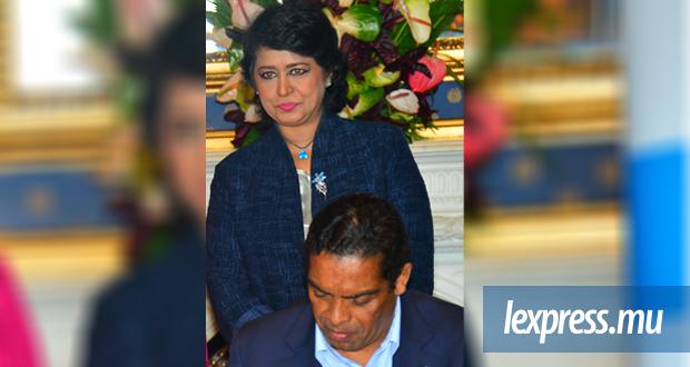 L'Angolais Álvaro Sobrinho a signé pour que la présidente de la République ait accès à une carte de crédit avec une limite de Rs 1 million.