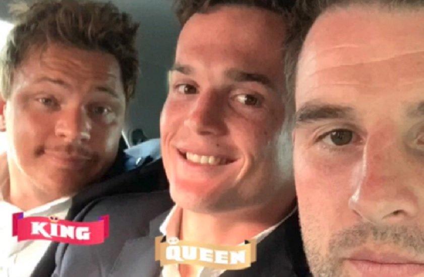 insolite buzz trois joueurs bayonnais oubliés par le bus rugby france xv de départ 15