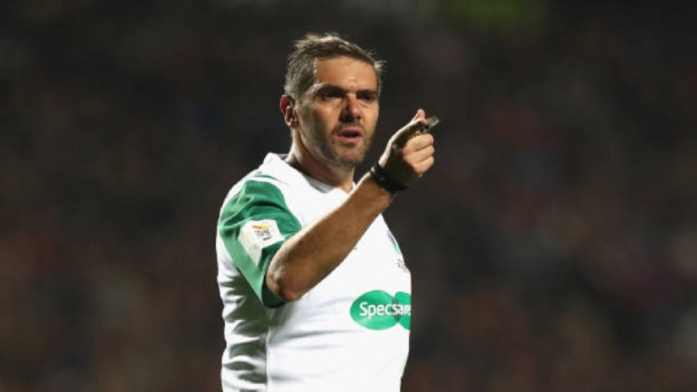 international les arbitres ont aussi le droit à une préparation rugby france xv de départ 15