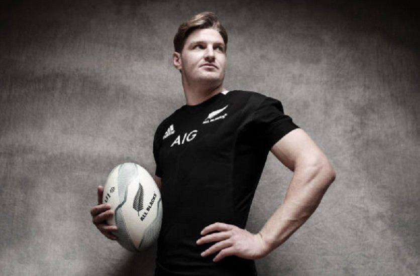 trois ans de plus pour jordie barrett rugby international xv de départ 15