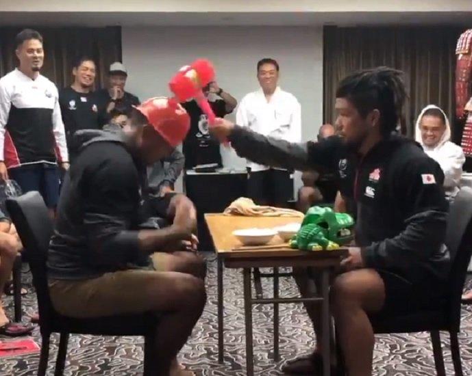 insolite le pierre-feuille-ciseaux revisité par les japonais rugby coupe du monde xv de départ 15