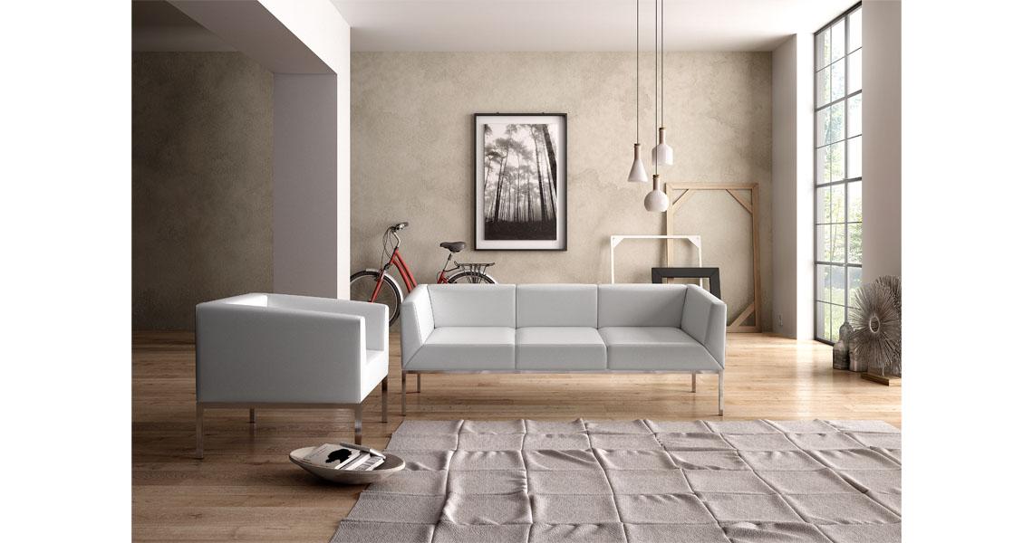 Poltrone e divani per sala attesa con carica batteria USB