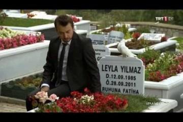 Leyla ile Mecnun - Mecnun Leyla'nın Mezarında (Kolaj Video)
