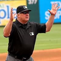 Annonce photo arbitre baseball