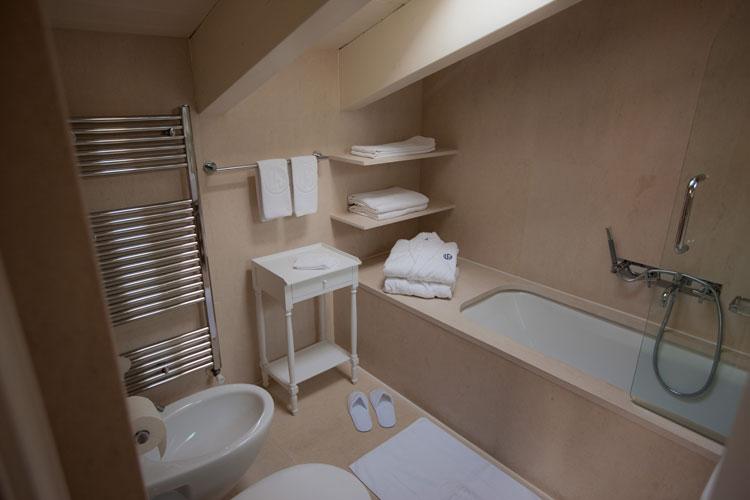 BILOCALE MANSARDA appartamenti LES FLEURS BLEUES in affitto a Livigno