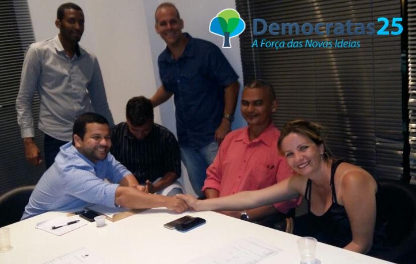portal-lf-news-noticias-lauro-de-freitas-democratas-25-dr-everton-mendes-medico00000111111111