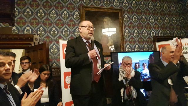 Grahame Moris speaking at the 2018 LFPME Christmas reception in Parliament.