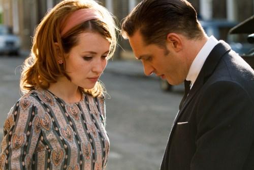 Le gangster tombe réellement amoureux de Frances, le début de sa perte