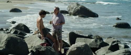 L'avocat adverse raconte sur une plage paradisiaque comment il travaillait à l'époque de Pinochet. Ses méthodes n'ont semble-t-il pas changé...