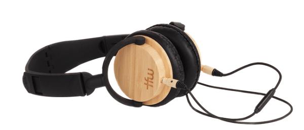Casque audio en bois