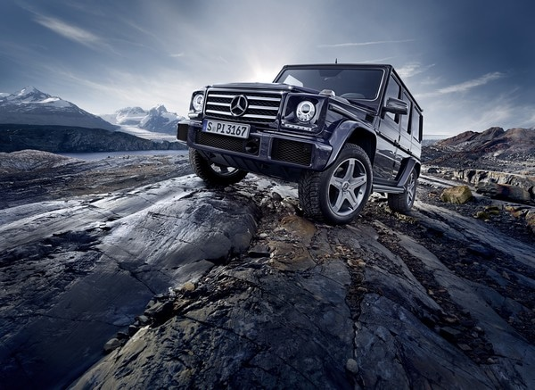 Mercedes-Benz G-Klasse 2015, G 500, Exterieur: obsidianschwarz metallic