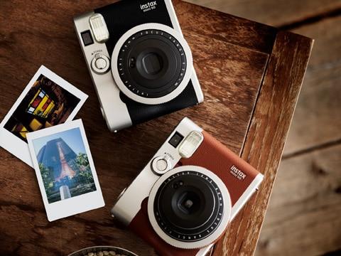 Fujifilm 40597 Appareil Photo Instantané Instax Mini 90 Neo Classic