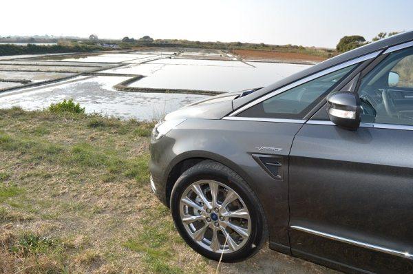 Ford S-Max Vignale: un véhicule qui a du nez