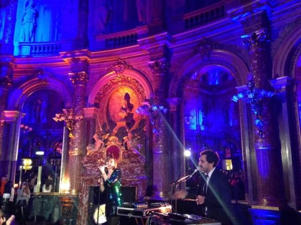 Kid Francescoli en live dans le salon Opéra de l'Intercontinental.