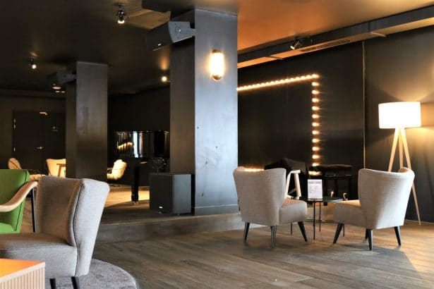 Des petits salons sont à votre disposition - Hôtel Araucaria - La Plagne