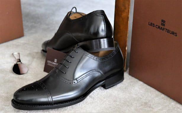 Les Crafteurs : Chaussure Richelieu en cuir de veau noir modèle EDISON à 295€