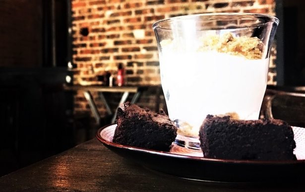 Rhino Rouge, nous propose ses deux desserts faits maison