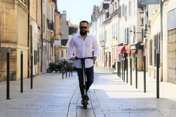 Test de la trottinette Globber K E-Motion à Dijon