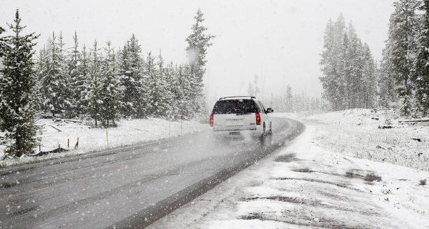 equiper-auto-hiver-guide-pratique