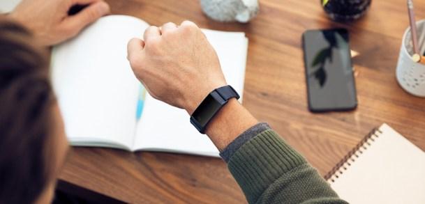 Bracelet connecté Fitbit : pour rester connecté à son corps