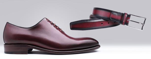 Associer chaussures et ceinture en cuir