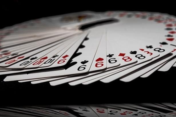 casino-en-ligne-qui-vous-va-bien-cartes