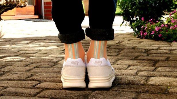 une-paire-deux-coups-chaussettes-orange