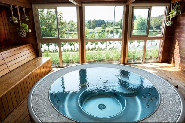 cote-saint-jacques-jacuzzi-spa