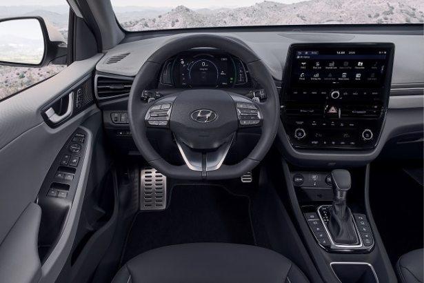 new-voiture-hyundai-ioniq-design-interieur