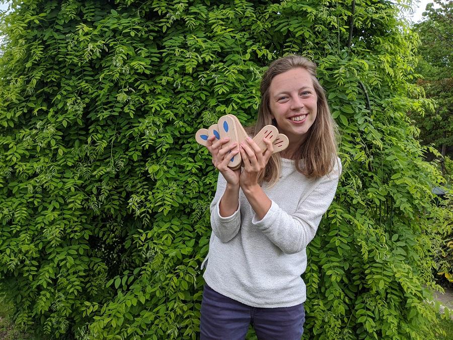 Claire, fondatrice de Pilto un jeu entièrement imaginé et fabriqué en France
