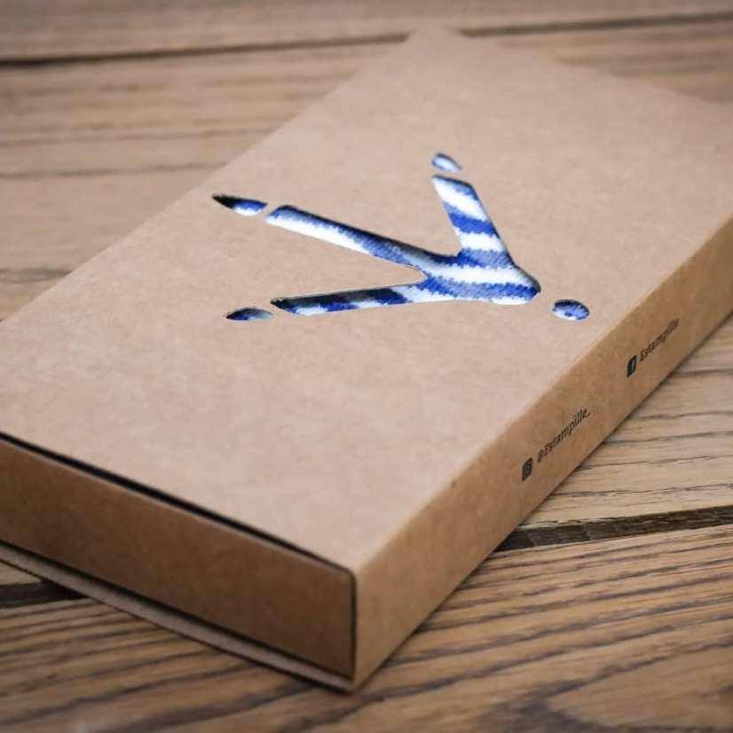 Packaging des chaussettes ESTAMPILLE fabriquées en France éco-responsables