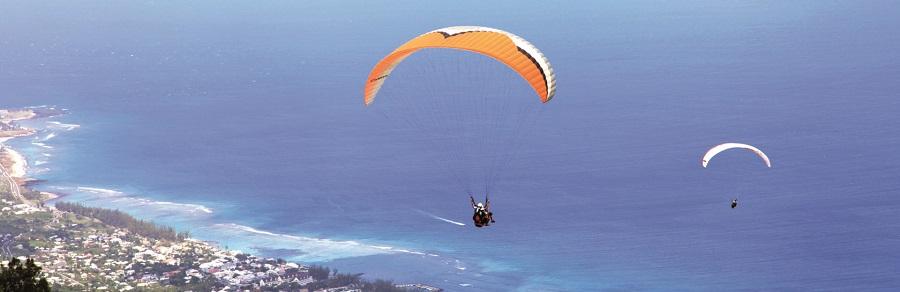 Faire du parapente à La Réunion