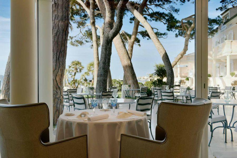 Restaurant de l'hôtel Cheval Blanc St-Tropez ©_V-Mati-0849