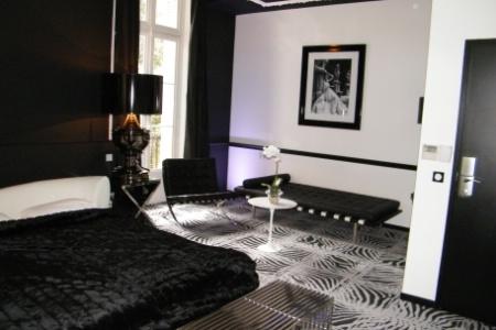 Art Htel  lhtellerie de luxe version noir et blanc