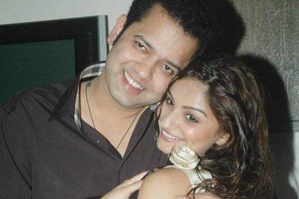 Rahul Mahajan with his wife Dimpy Mahajan