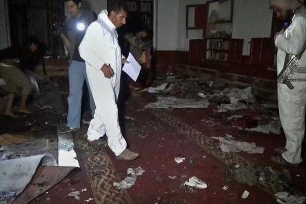 Yemen mosque blast