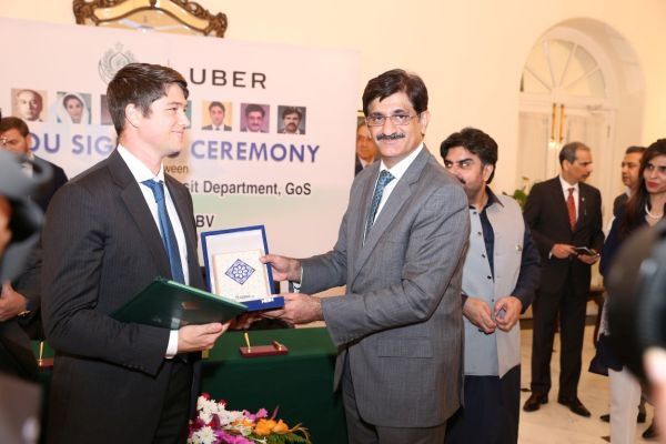 Uber & Sindh Government sign MoU to incorporate technology in the transport industry