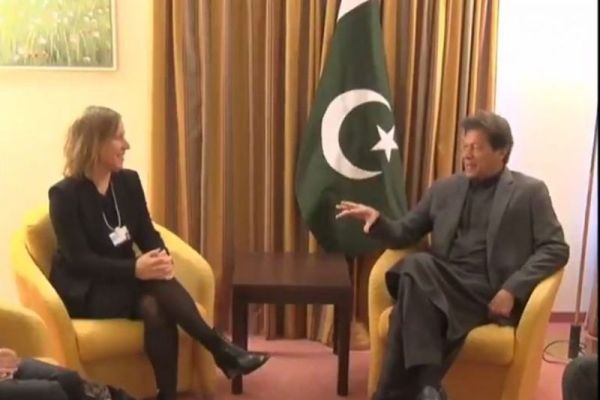 CEOs of YouTube , Siemens separately call on PM Imran in Davos