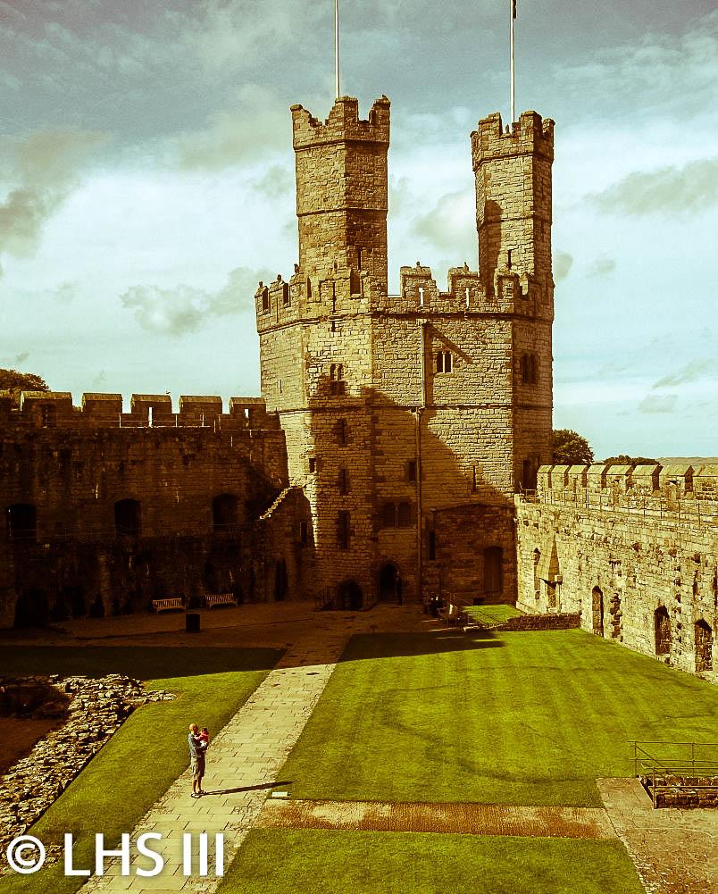 Caernavon Castle Retro