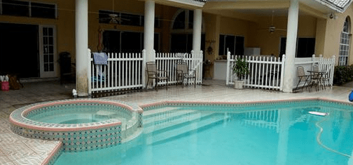 Reduced! 4 bedroom Pool Home in Clearwater!