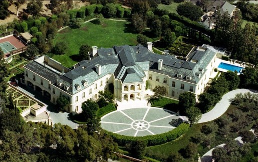 Ms. Stunt bought a 57,000-square-foot mansion television magnate Aaron Spelling in Los Angeles for $85 million last summer. It had been on the market for $150 million.