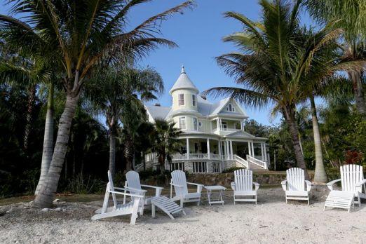 Lamb Manor - image via TampaBay.com