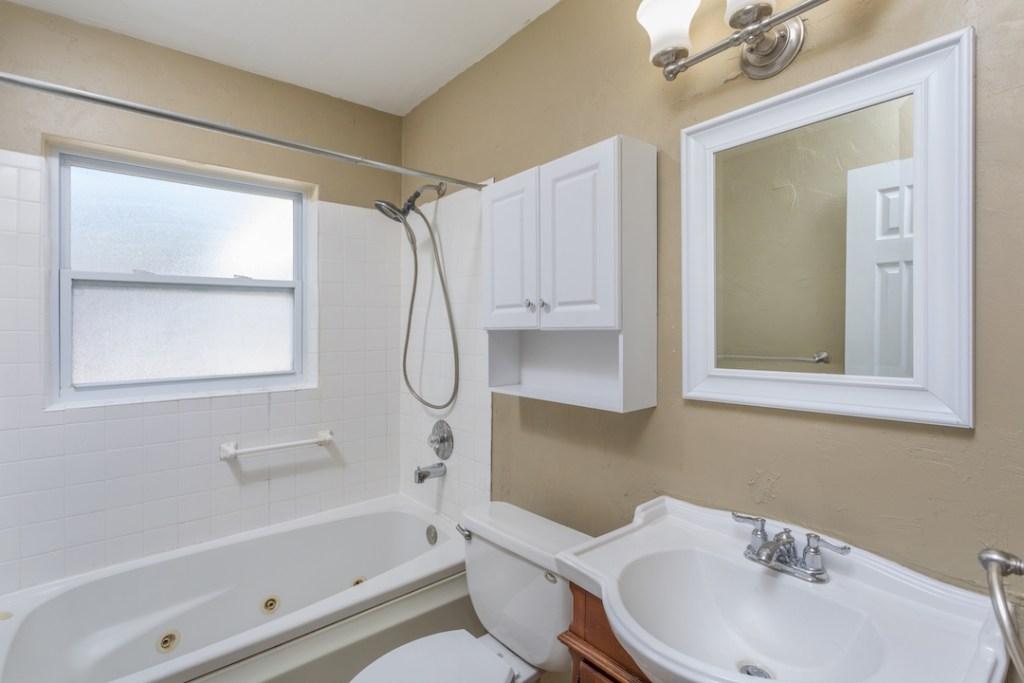 Bath_9251