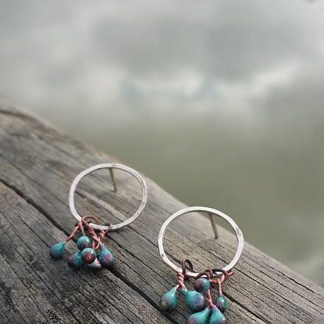 Aros plata con gotas esmalte turquesa en lago