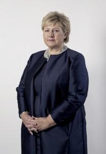 Statsminister Erna Solberg har sendt brev til kommunene om fellesinnsats for å løse krisen i mottakssystemet. (Foto: Thomas Haugersveen/ Statsministerens kontor)