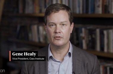Cato Institutes visepresident Gene Healy. Skjermdump fra ReasonTV.