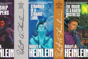 Forsidene på Robert Heinleins tre store liberalistiske klassikere Starship Troopers, Stranger in a Strange Land og The Moon is a Harsh Mistress.