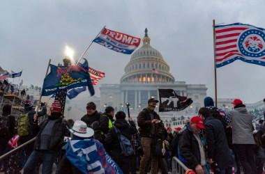 Stemningen foran Kongressen under angrepet 1. januar 2020. Foto: Blink O'fanaye CC.BY.NC.