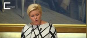 Finansminister Siv Jensen var engasjert da hun presenterte budsjettforslaget på Stortinget. (Foto: Livesendingen på Stortinget.no)