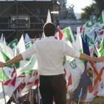 renzi-partito-democratico-manifestazione-elezioni-2018